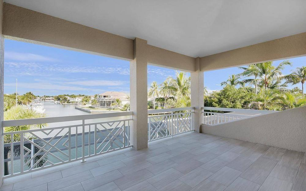 738 Hernando Dr, Marco Island - House For Sale 1710221894