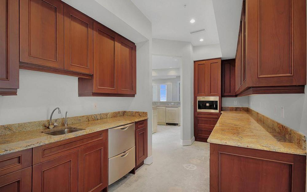 970 Cape Marco Dr #GPH 2504, Marco Island - Penthouse For Sale 793864285