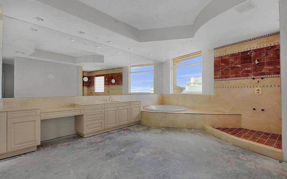 970 Cape Marco Dr #GPH 2504, Marco Island - Penthouse For Sale 387487446