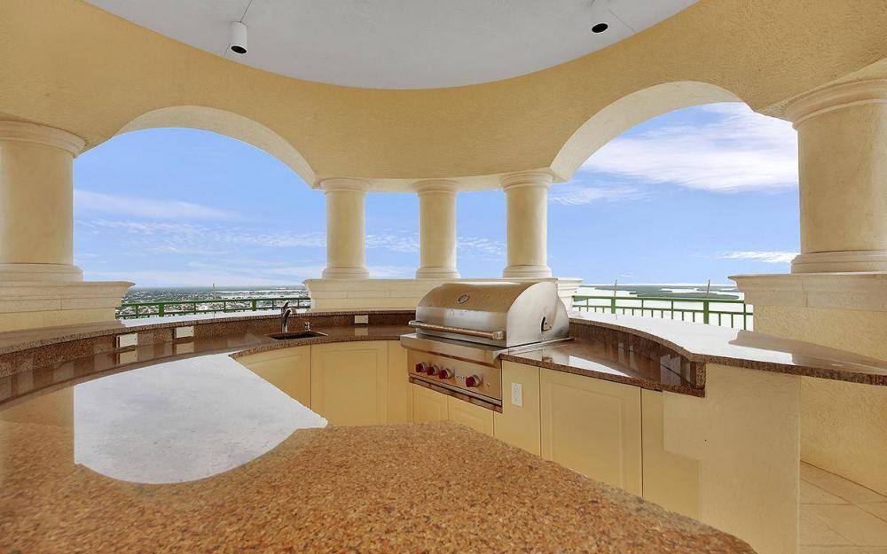 970 Cape Marco Dr #GPH 2504, Marco Island - Penthouse For Sale 375261842