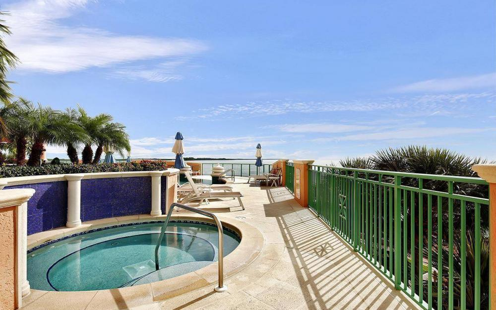 970 Cape Marco Dr #GPH 2504, Marco Island - Penthouse For Sale 926878149