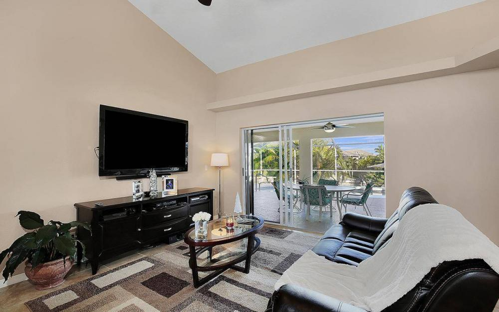 2105 SW 29th Ter, Cape Coral - House For Sale 732791962