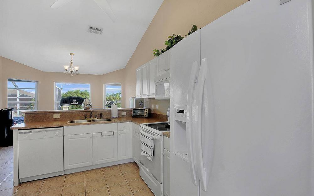 2105 SW 29th Ter, Cape Coral - House For Sale 347067194
