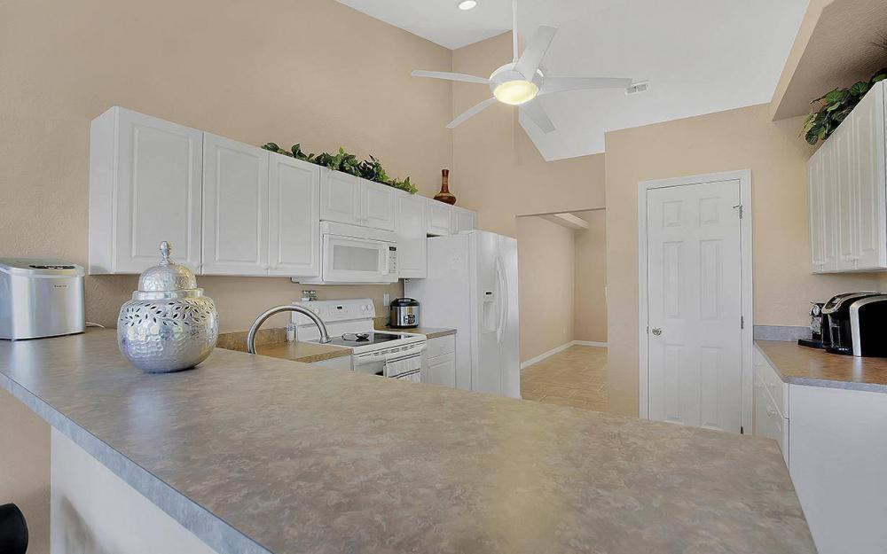 2105 SW 29th Ter, Cape Coral - House For Sale 1230254574