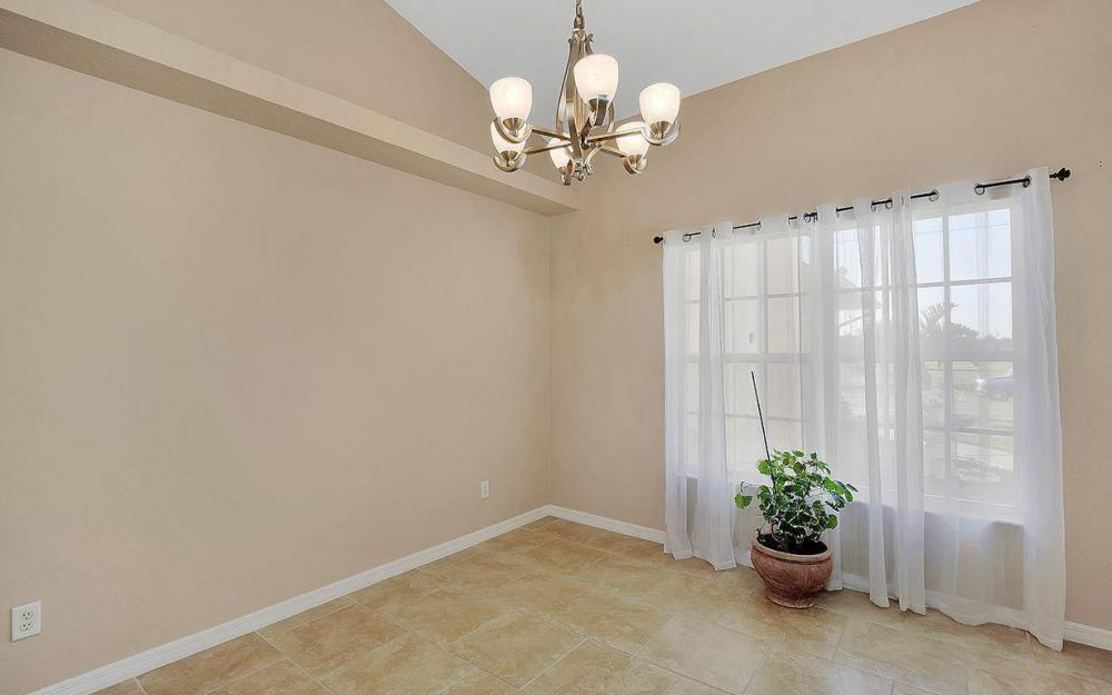 2105 SW 29th Ter, Cape Coral - House For Sale 1713906980