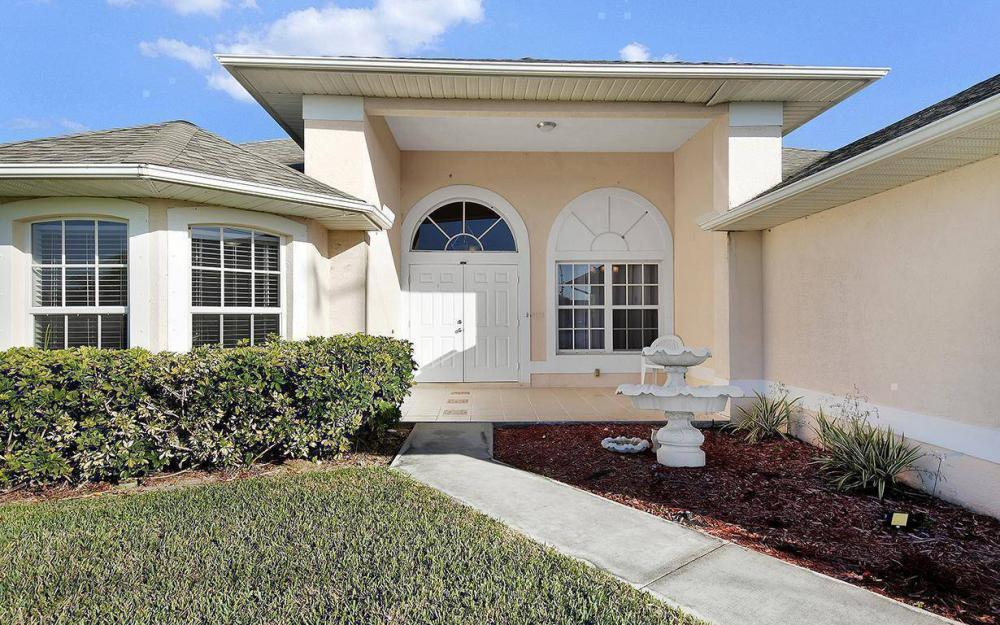 2105 SW 29th Ter, Cape Coral - House For Sale 1994656059