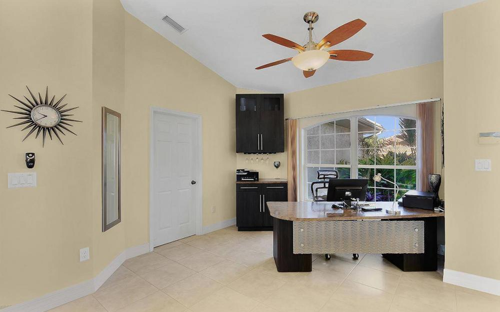 1522 SW 58th Ln, Cape Coral - House For Sale 2070167991