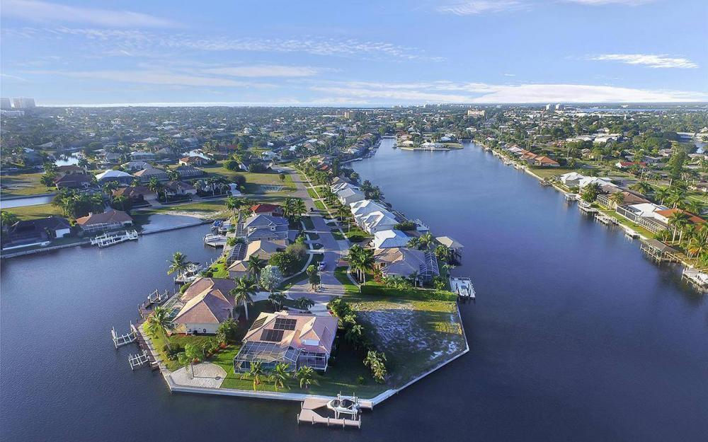 1189 Strawberry Ct, Marco Island - Lot For Sale 567989494