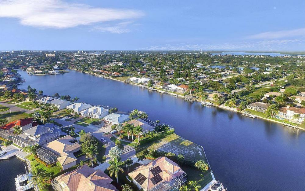 1189 Strawberry Ct, Marco Island - Lot For Sale 126260019