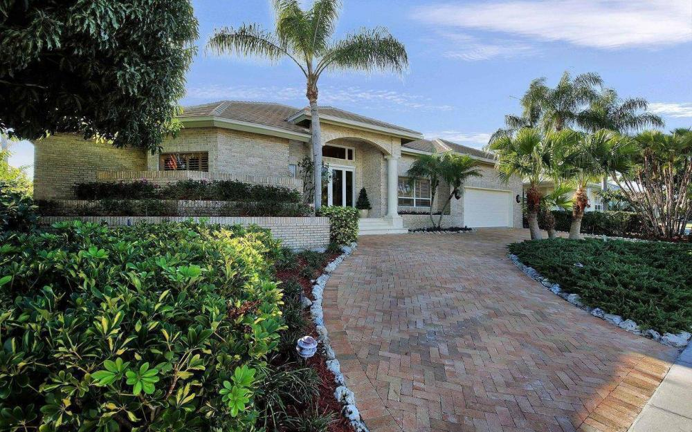 276 Rockhill Ct, Marco Island - House For Sale 405379148