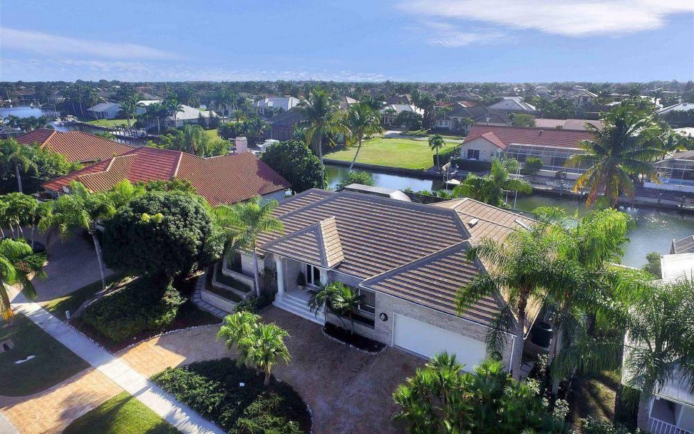 276 Rockhill Ct, Marco Island - House For Sale 805623534
