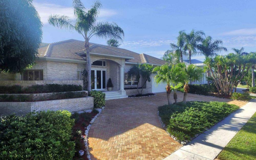 276 Rockhill Ct, Marco Island - House For Sale 112235124