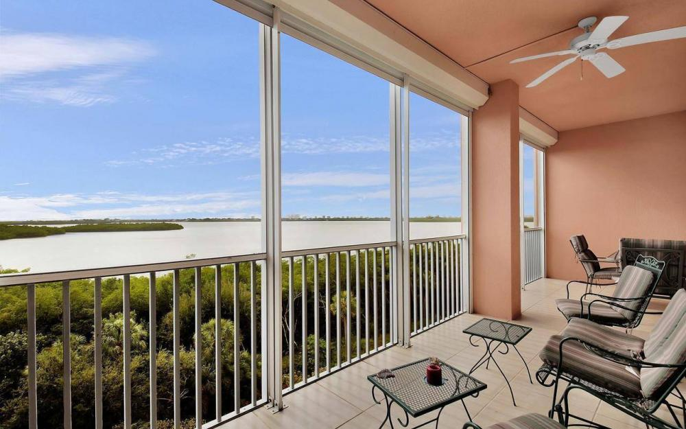 201 Vintage Bay Dr #28, Marco Island - Condo For Sale 2035354734