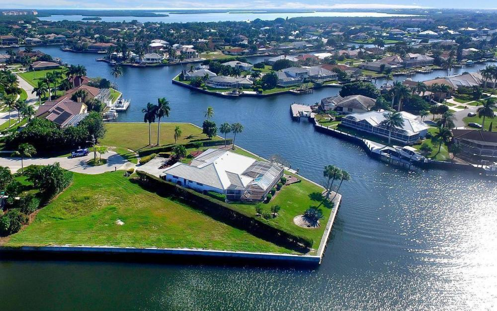 182 Coral Ct, Marco Island - Lot For Sale 1990712203