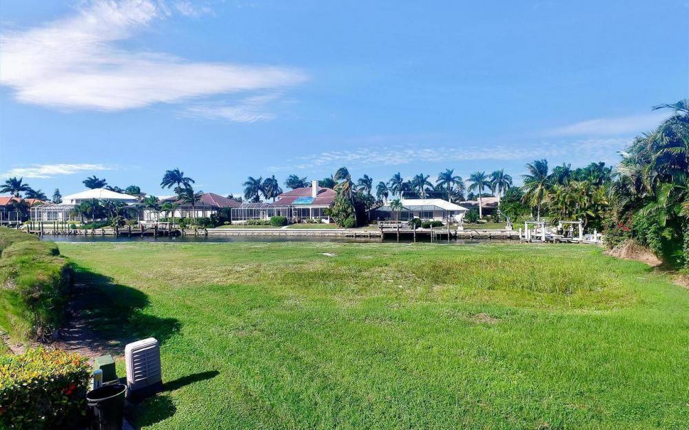 182 Coral Ct, Marco Island - Lot For Sale 1125150902