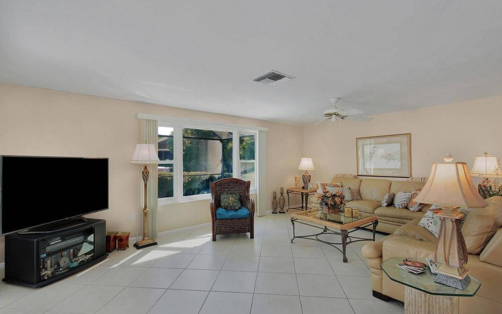 577 Tripoli Ct, Marco Island - House For Sale 1095421334