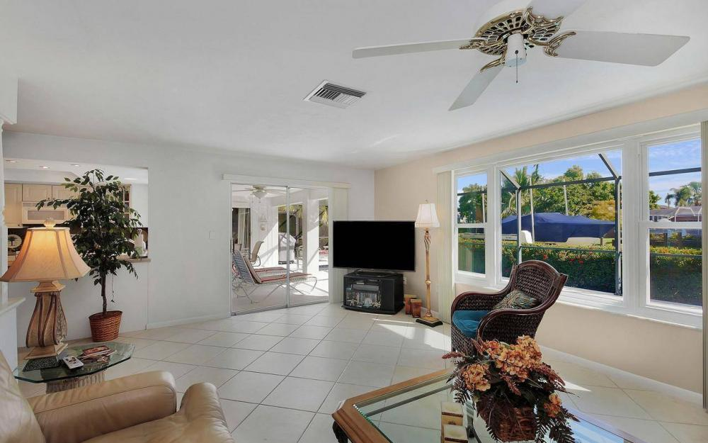 577 Tripoli Ct, Marco Island - House For Sale 1604158268