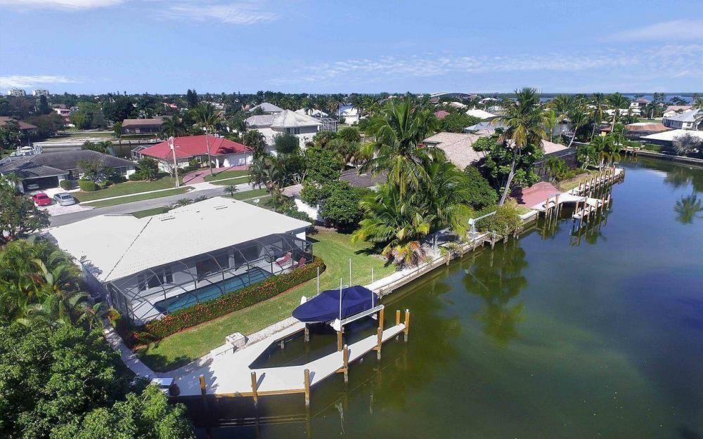 577 Tripoli Ct, Marco Island - House For Sale 254542808