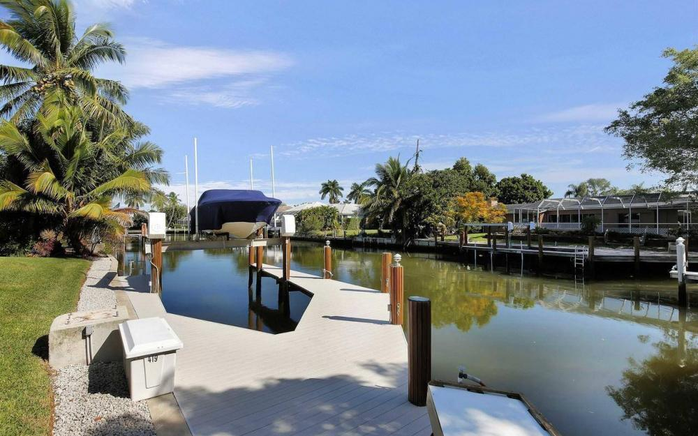 577 Tripoli Ct, Marco Island - House For Sale 744006038