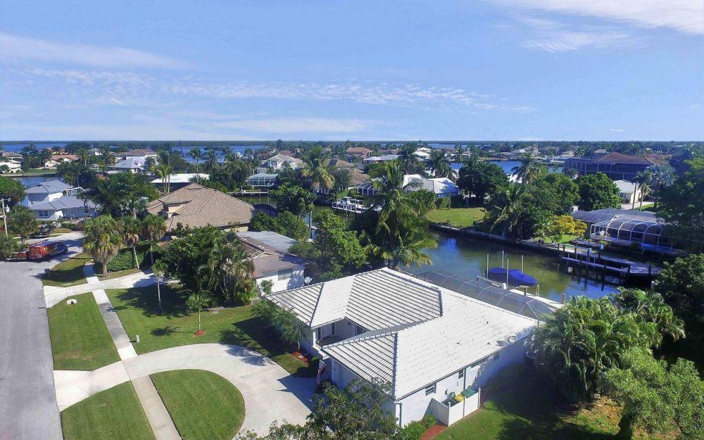 577 Tripoli Ct, Marco Island - House For Sale 1453237984
