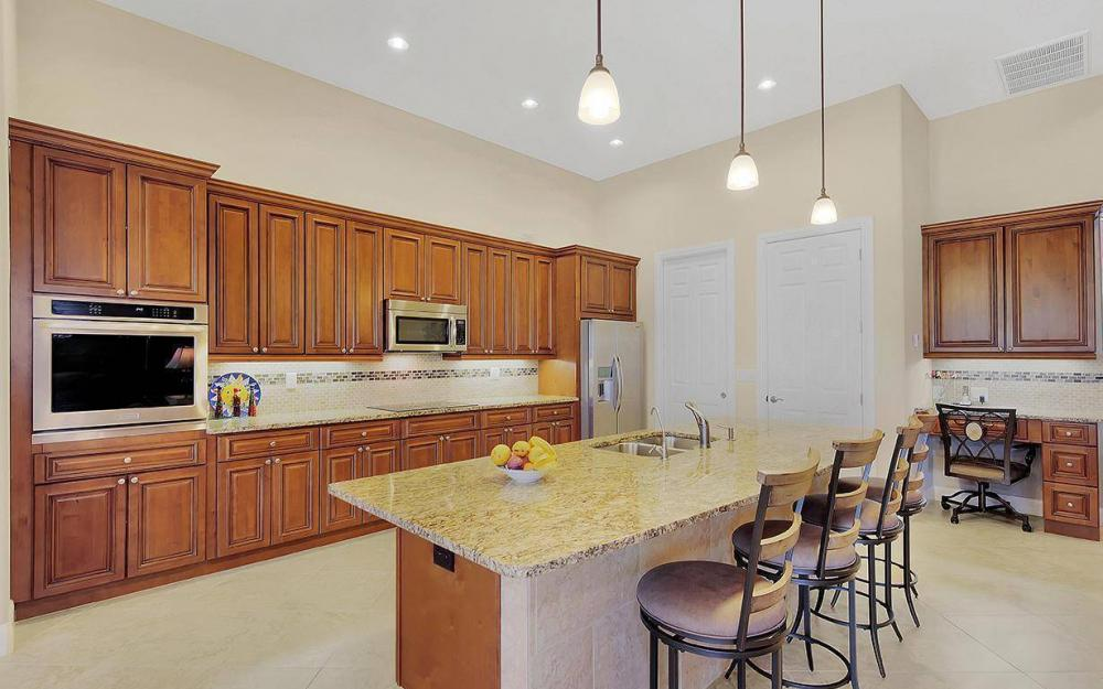 233 SW 21st St, Cape Coral - House For Sale 33104542