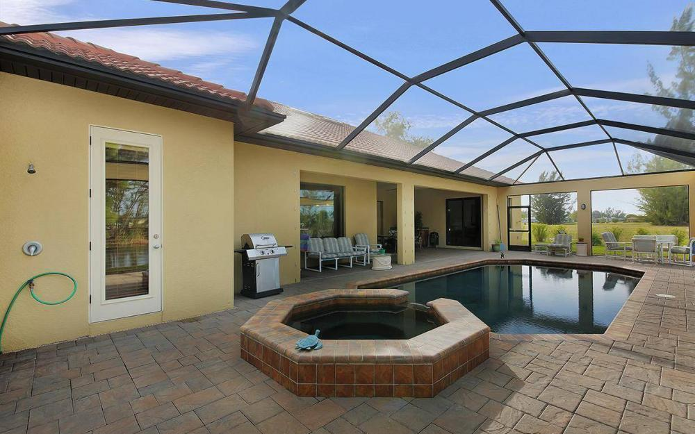 233 SW 21st St, Cape Coral - House For Sale 282211389