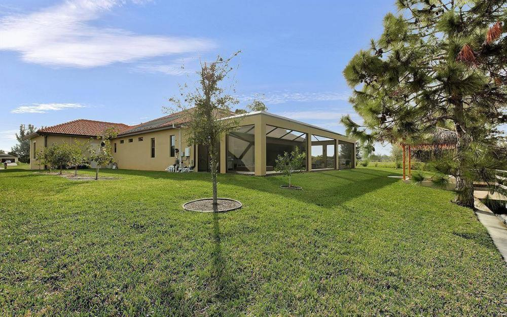 233 SW 21st St, Cape Coral - House For Sale 240778123