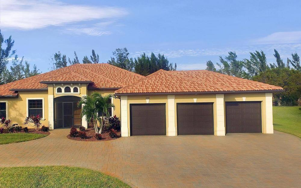 233 SW 21st St, Cape Coral - House For Sale 1364429941