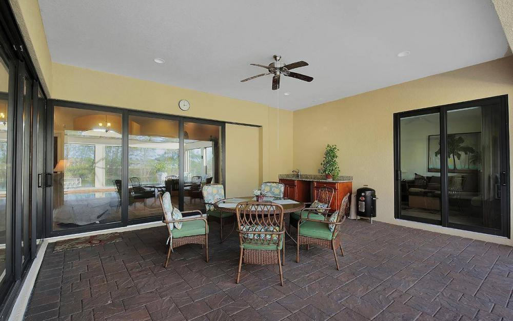 233 SW 21st St, Cape Coral - House For Sale 1920760575