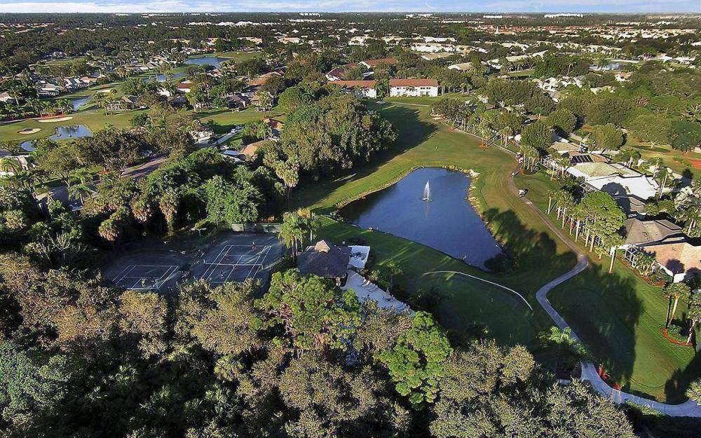 20671 Country Barn Dr, Estero - House For Sale 656056084