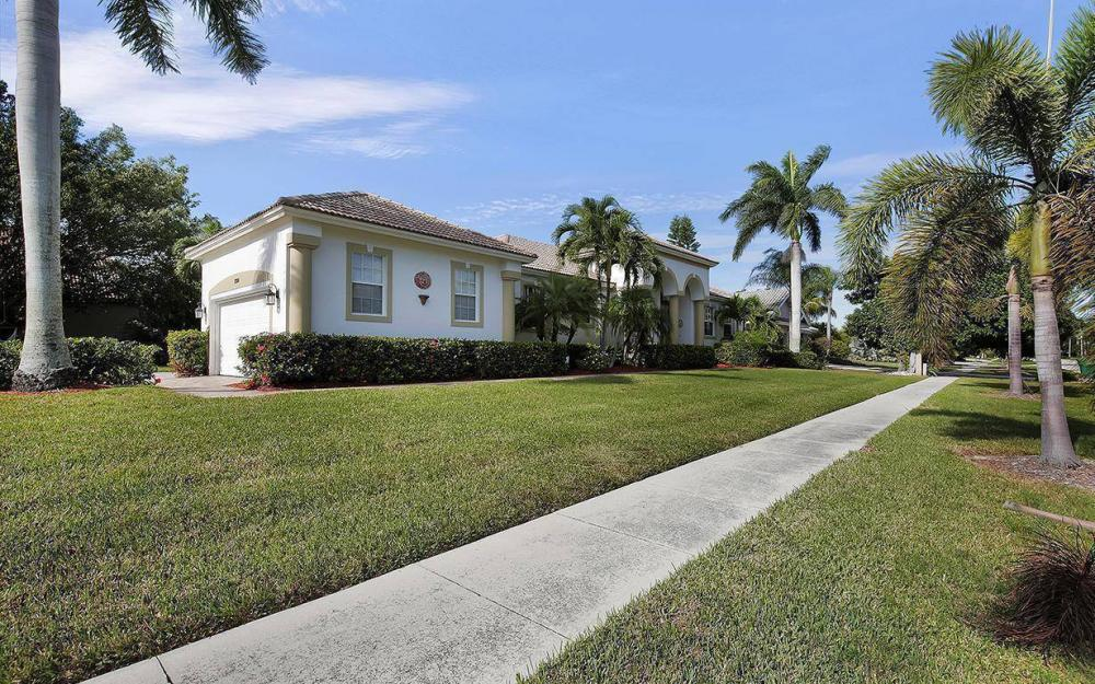 1799 Waterfall Ct, Marco Island - House For Sale 236934981
