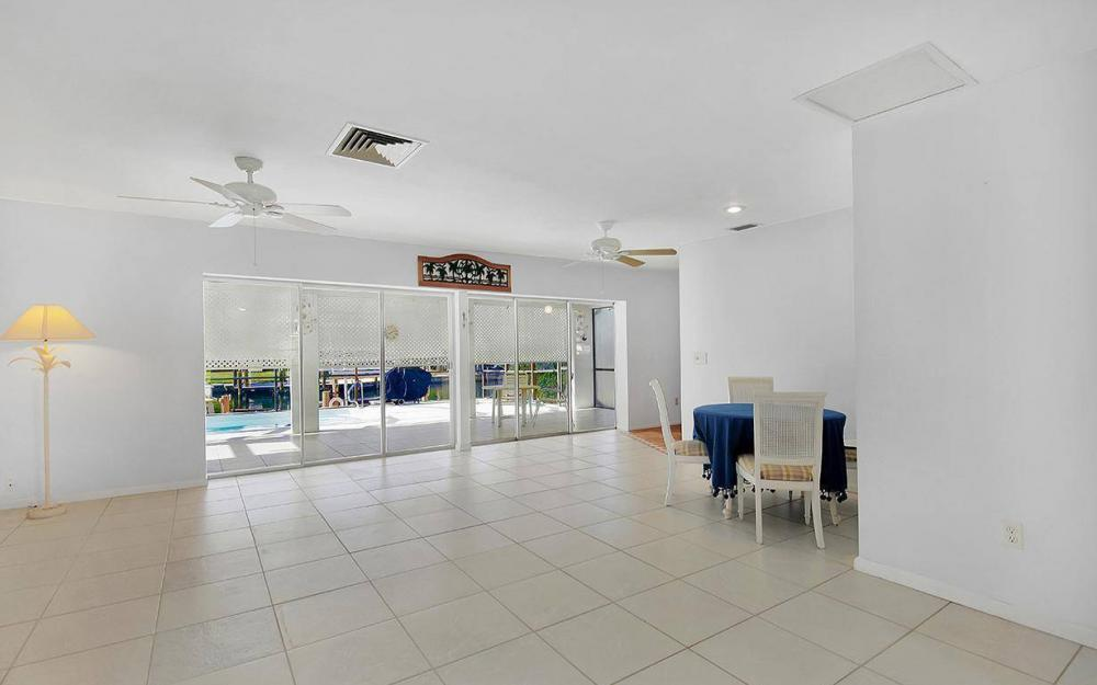 212 Angler Ct, Marco Island - House For Sale 142687798