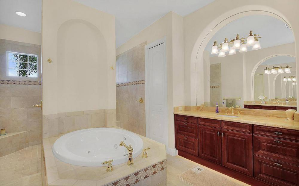 5766 Hammock Isles Dr, Naples - House For Sale 451799666
