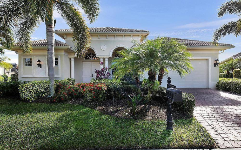 5766 Hammock Isles Dr, Naples - House For Sale 52618501