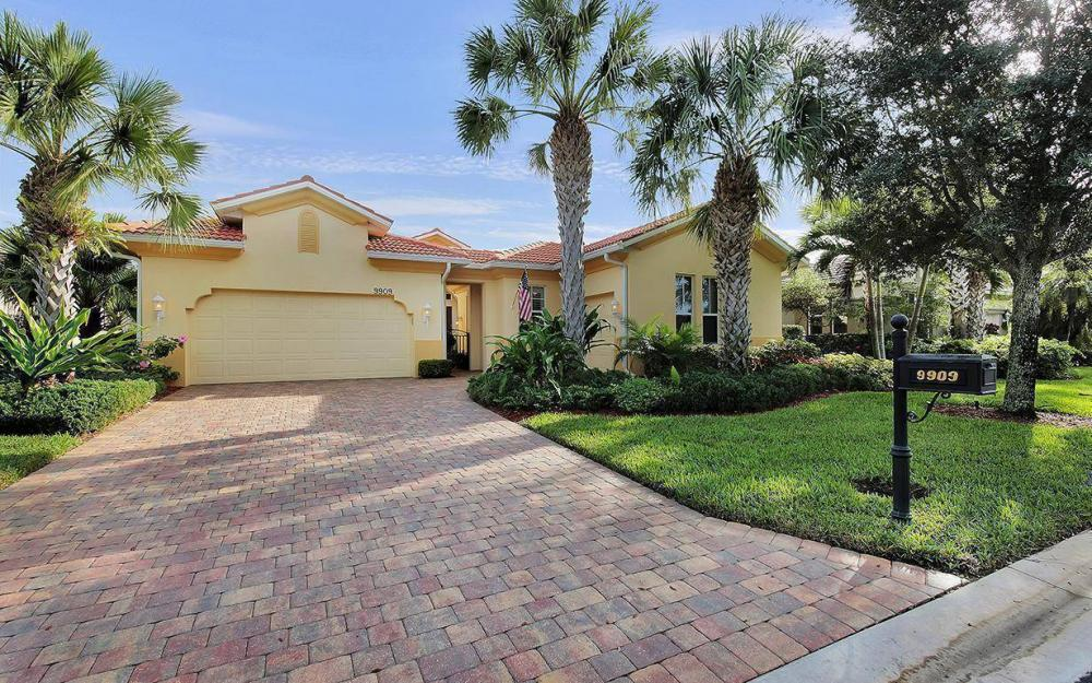 9909 Bellagio Ct, Fort Myers - House For Sale 492842147