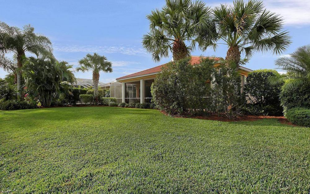 9909 Bellagio Ct, Fort Myers - House For Sale 1194893707