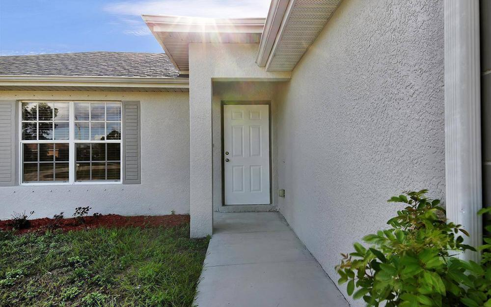 3500 NE 12th Ct, Cape Coral - House For Sale 1032240219