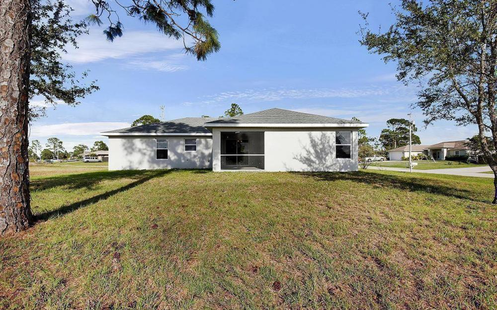 3500 NE 12th Ct, Cape Coral - House For Sale 708210552