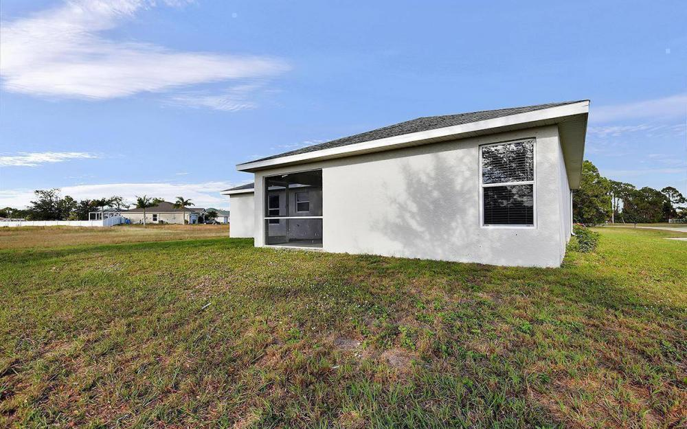 3500 NE 12th Ct, Cape Coral - House For Sale 230571150