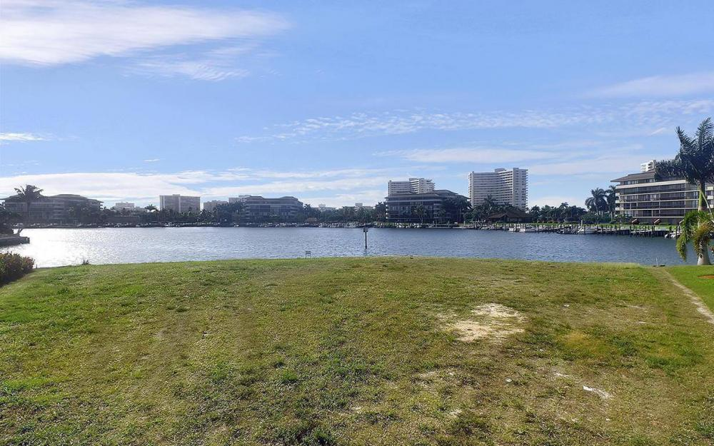 419 Swiss Ct, Marco Island - Lot For Sale 1027250424