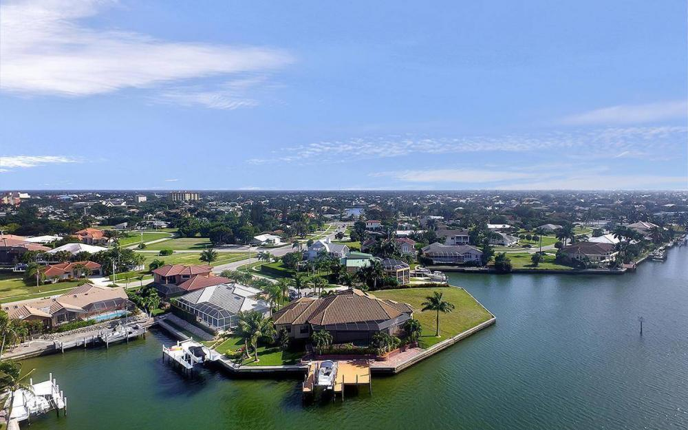 419 Swiss Ct, Marco Island - Lot For Sale 2081003452