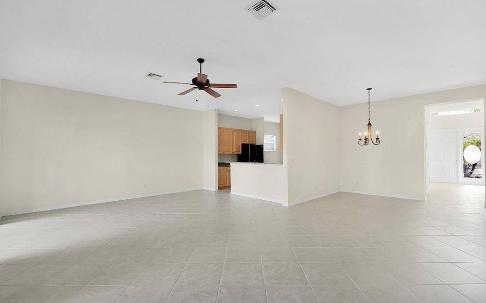 9139 Springview Loop, Estero - House For Sale 236561568
