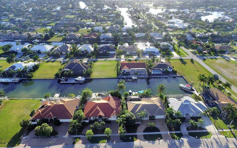 263 Grapewood Ct, Marco Island - Lot For Sale 17364282