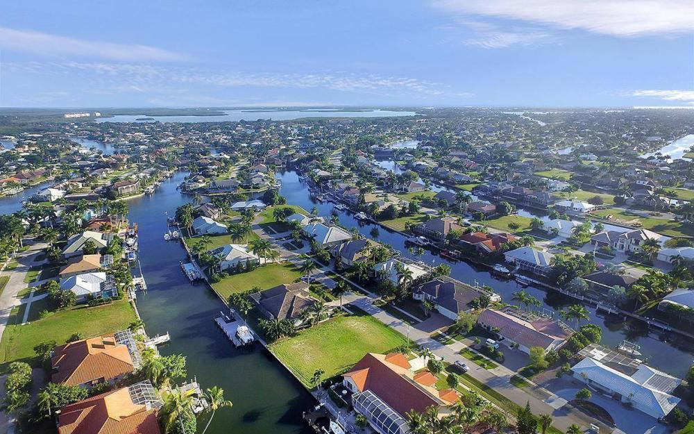 263 Grapewood Ct, Marco Island - Lot For Sale 1369887057