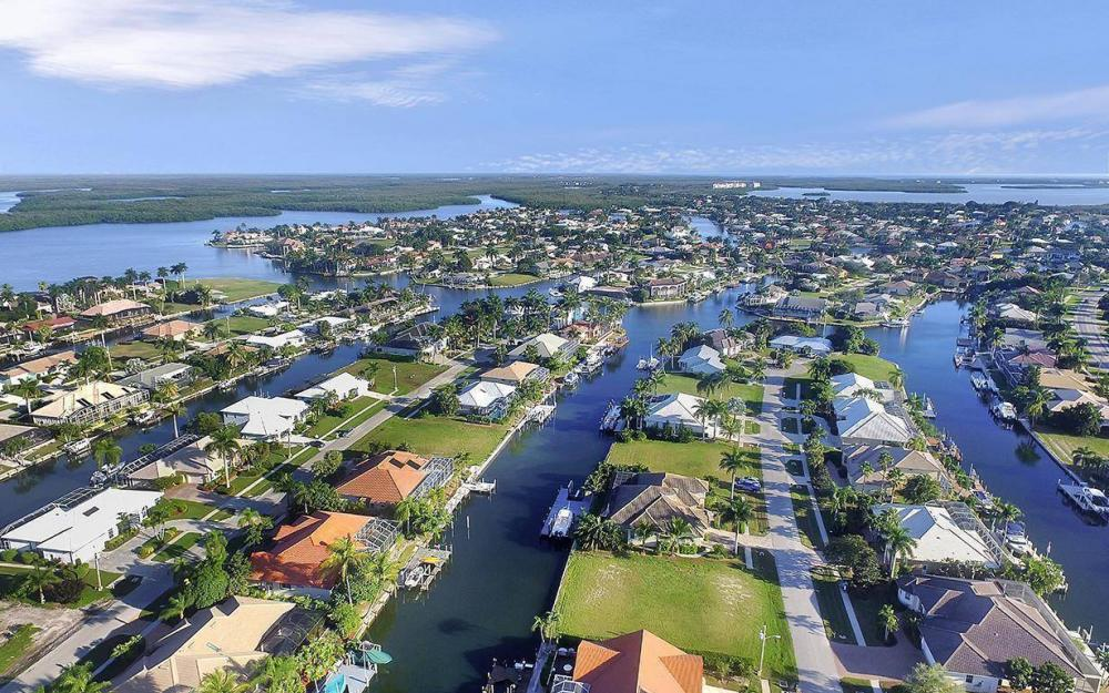 263 Grapewood Ct, Marco Island - Lot For Sale 1573236683