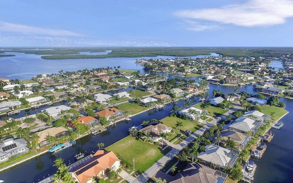 263 Grapewood Ct, Marco Island - Lot For Sale 850423901