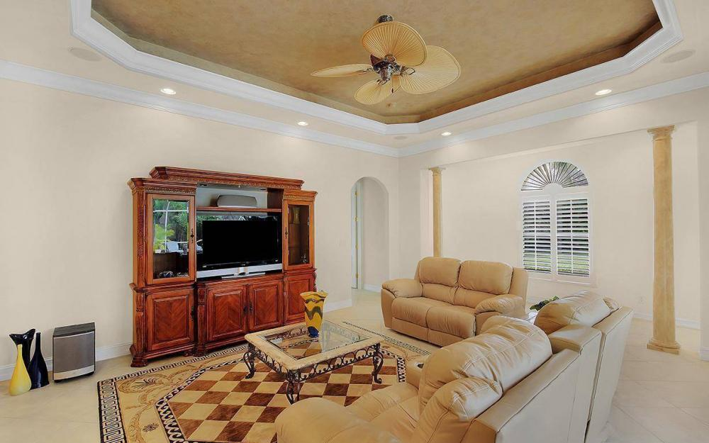 3560 1st Ave NW, Naples - House For Sale 188099832