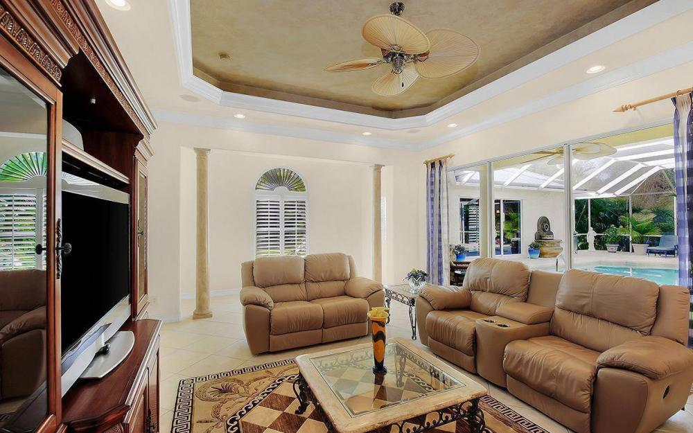 3560 1st Ave NW, Naples - House For Sale 447033358