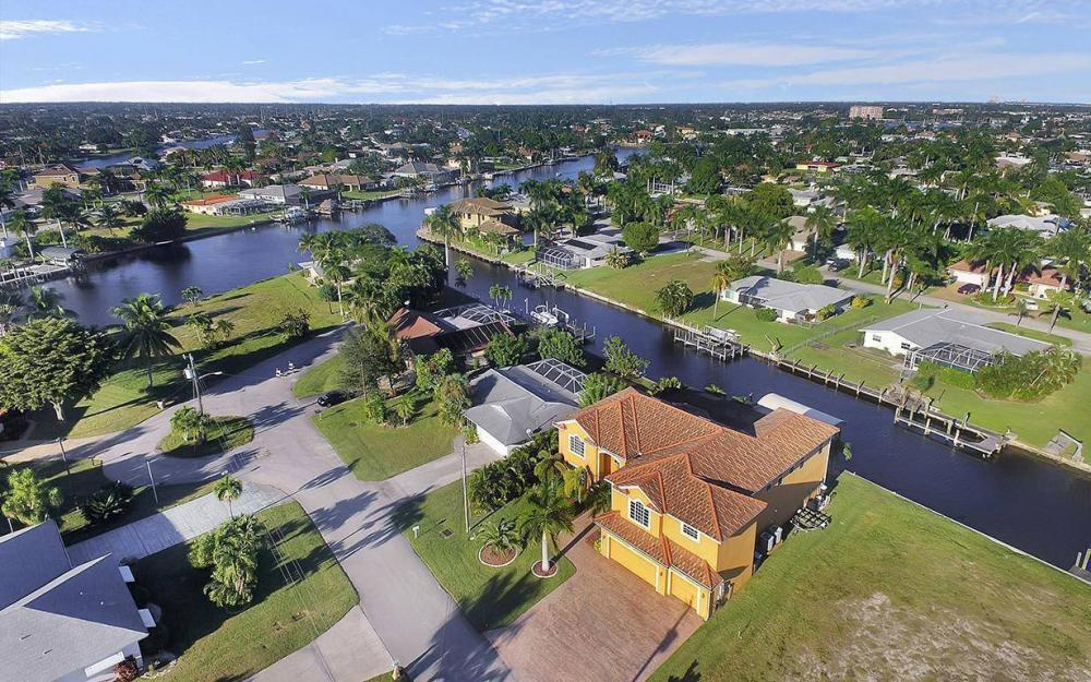 5221 Seagull Ct, Cape Coral - House For Sale 970961134