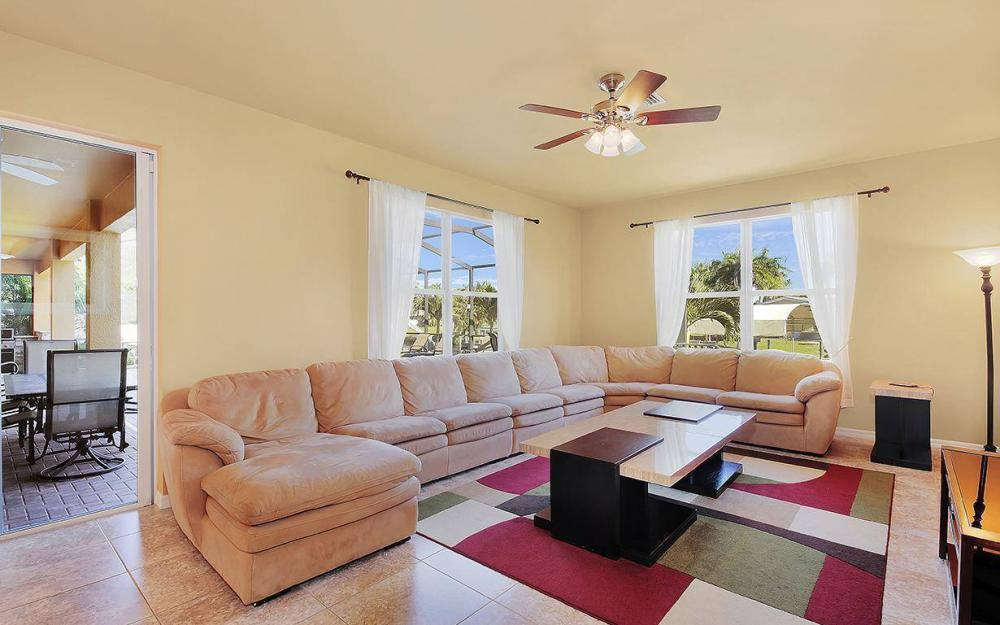 5221 Seagull Ct, Cape Coral - House For Sale 202079781